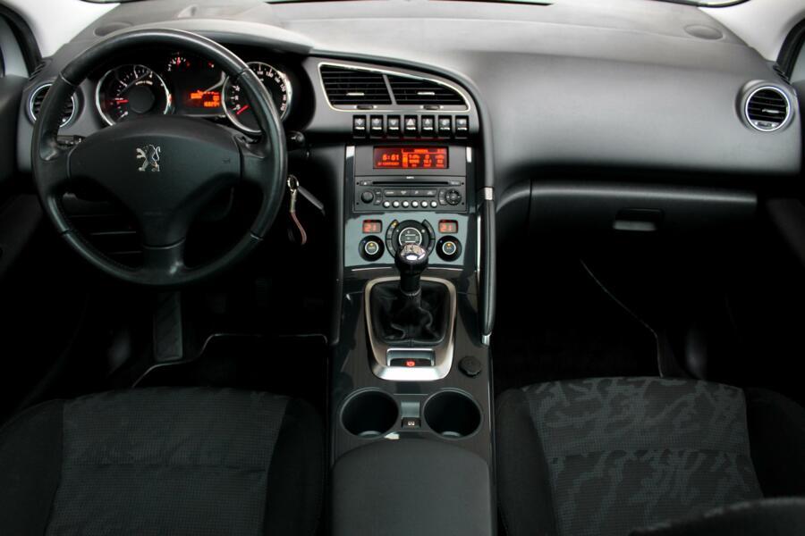 Peugeot 3008 1.6 VTi Première * Trekhaak * Climate * Panoramadak