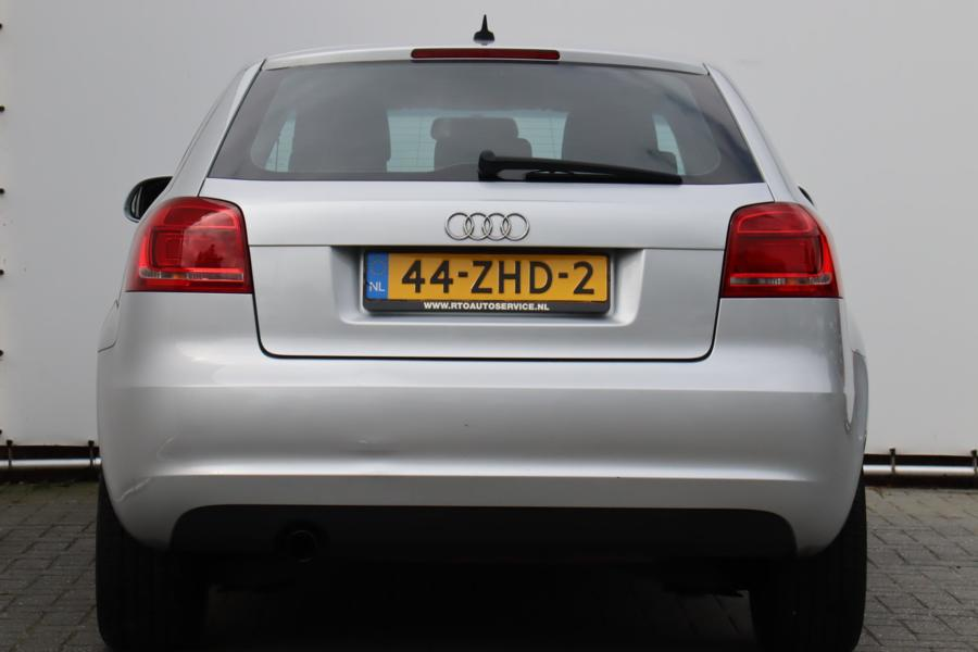 Audi A3  1.6 Attraction Business Edition NETTE AUTO !