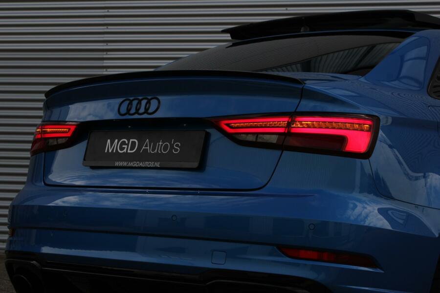Audi RS3 Limousine 2.5 TFSI Quattro /LED/VIRTUAL/PANODAK/ACC/CARPLAY/B&O/CARBON/KEYLESS!