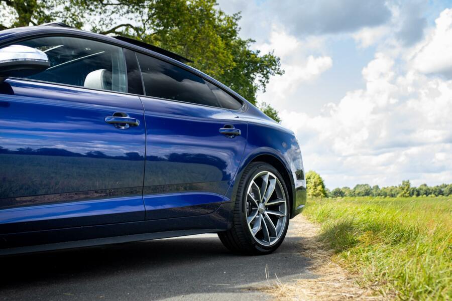 Audi S5 quattro Pro Line Plus bijzonder compleet in topstaat!