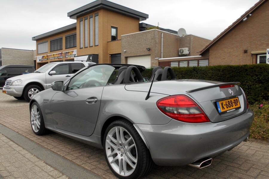 Mercedes SLK-klasse 350 Prestige Plus|AUTOMAAT|305PK|NAVIGATIE|ELEKTR.STOELVERSTELLING