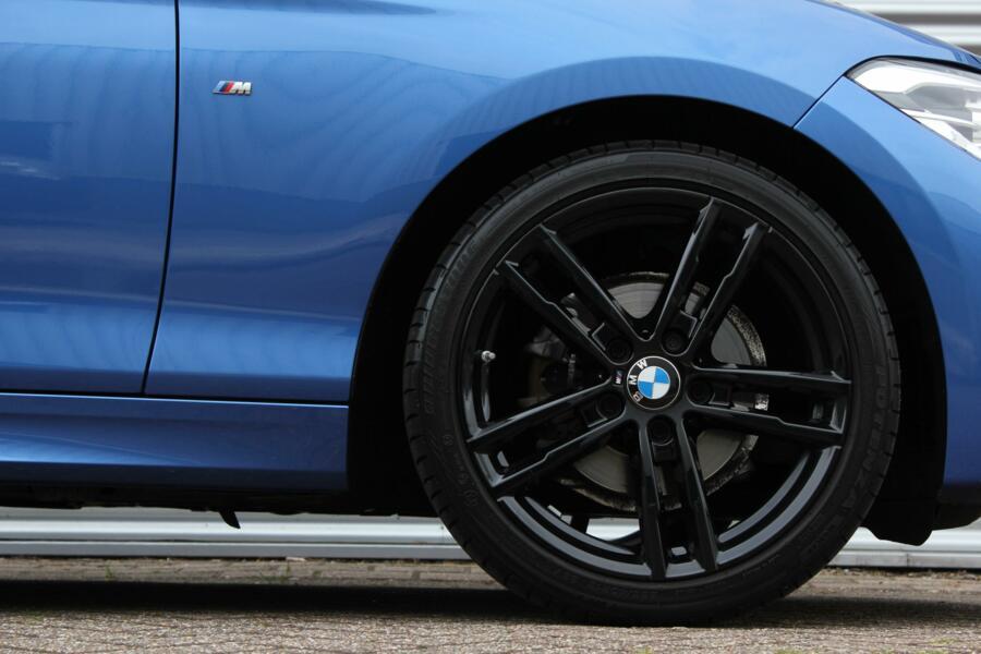 BMW 1-serie 116i M-Sport Shadow Edition /M-PAKKET/XENON/LED/NAVI/LEDER/PDC/STOELVERW./18 INCH!