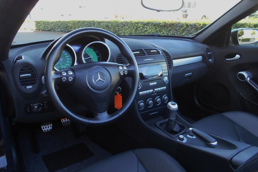 Mercedes SLK-klasse 200 K. AIRSCARF|STOELVERWARMING|AIRCO|CRUISE-CONTROL|GOED-ONDERHOUDEN