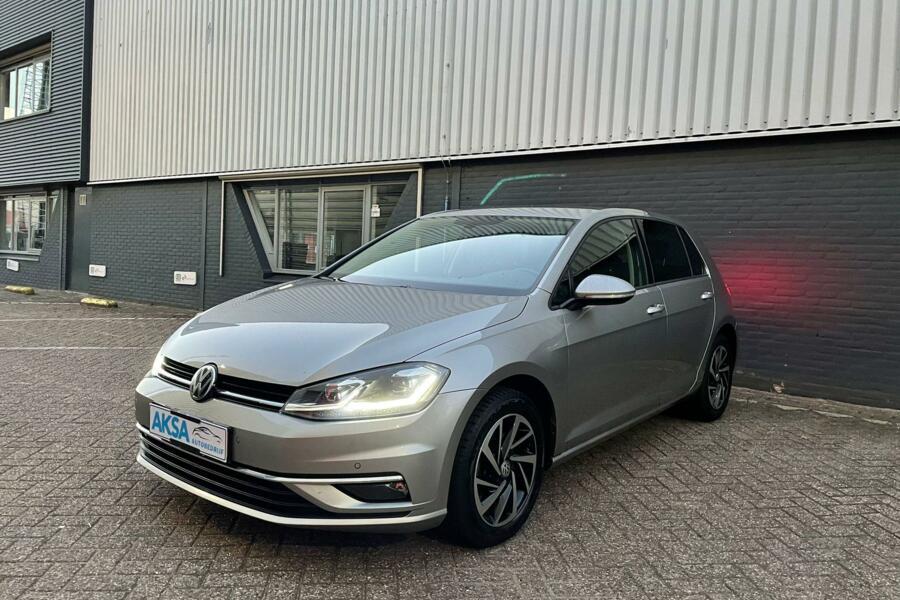Volkswagen Golf 7 2.0 TDI DSG  Highline |Digital Cockpit|Navi