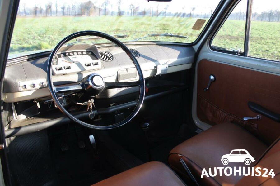 Fiat 850 coach (bj1966) Origineel NL-geleverd NIEUWSTAAT