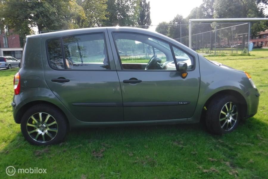 Renault Modus 1.4-16V Privilège Luxe