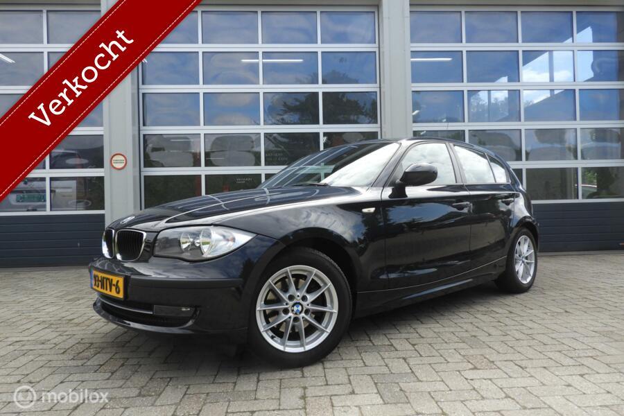 BMW 1-serie 118i  Navi, sportstoelen