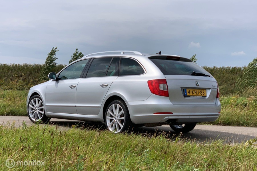 Skoda Superb 1.6 TDI Greenline Active Business Line
