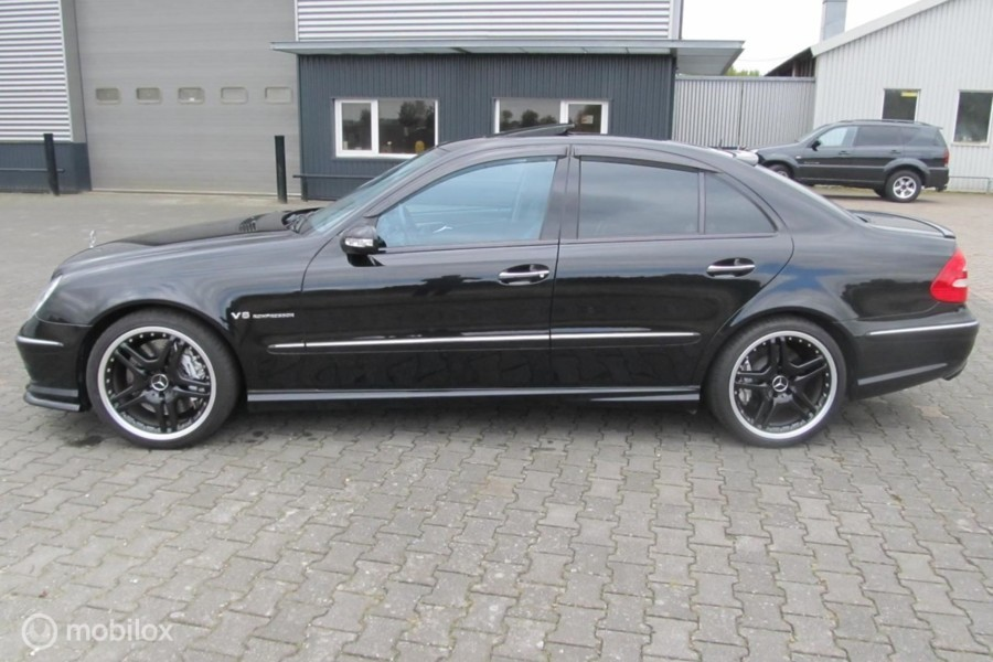 E 55 AMG YOUNGTIMER Black series 68692km , black is black !!