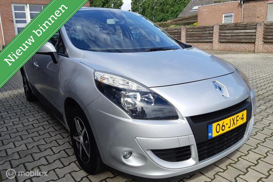 Renault Scenic 1.6 met nw D-riem!- airco-cr.control
