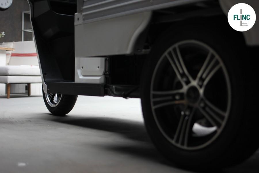 Flinc-EV Cargo_TukTuk_Pick-Up