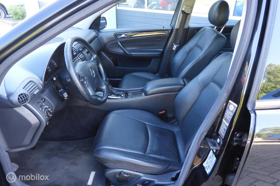 Mercedes C-klasse 200 K. Avantgarde . Vol Leder