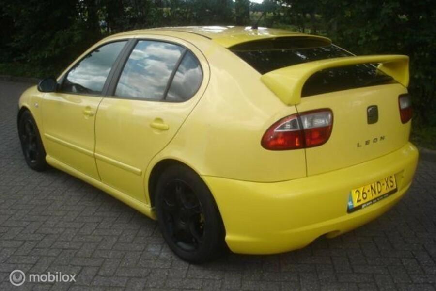 Seat Leon - 1.9 TDI 81kW airco lakschade