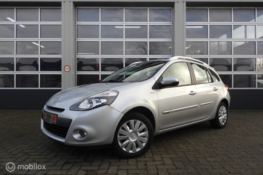 Renault Clio Estate 1.2 TCE Night & Day  Navigatie