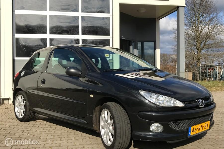 Peugeot 206 1.4 Air-line 2. Airco !