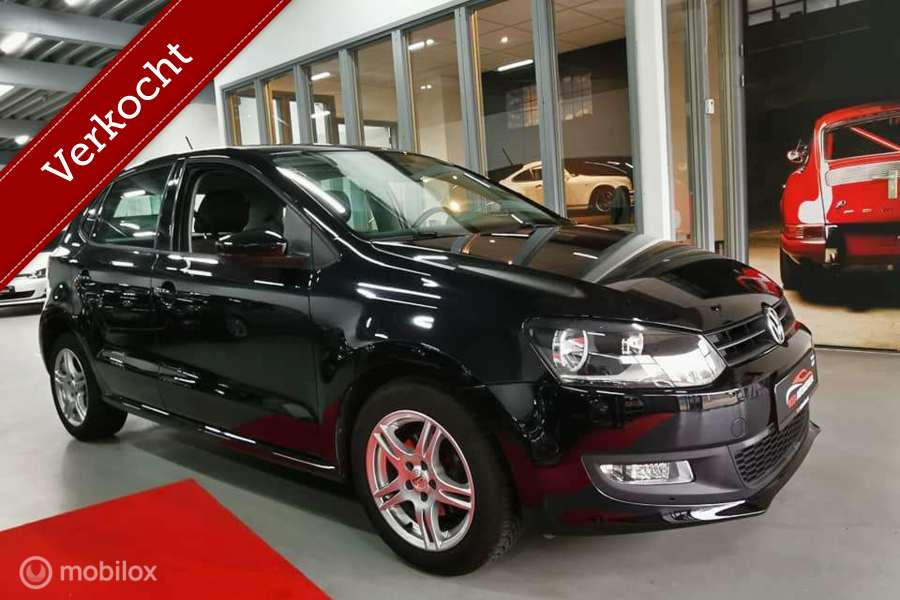 Volkswagen Polo 1.4-16V DSG AUTOMAAT  NAVI GOOGLE MAPS PLAYSTORE WIFI YOUTUBE