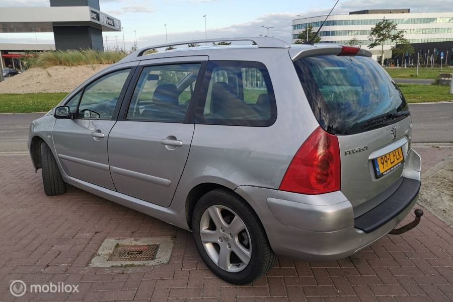 Peugeot 307 SW 2.0 AUTOMAAT,AIRCO,PANORAMA!!!