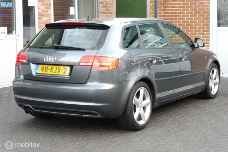 Audi A3 Sportback 1.4 TFSI S-edition NAVIGATIE,SPORTSTOELEN,17 INCH LMV