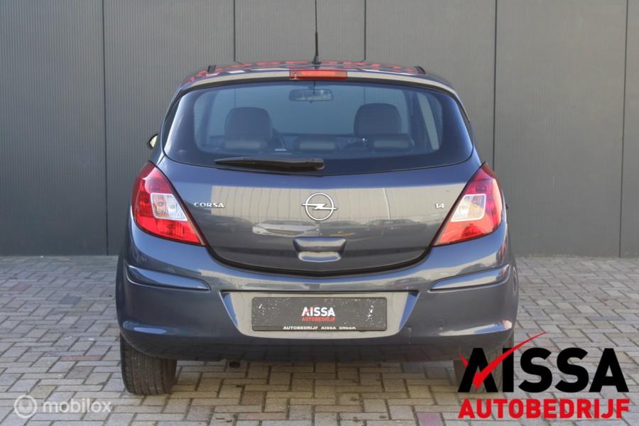 Opel Corsa 1.4-16V Cosmo 5Drs Airco/Aux APK 06-01-2022