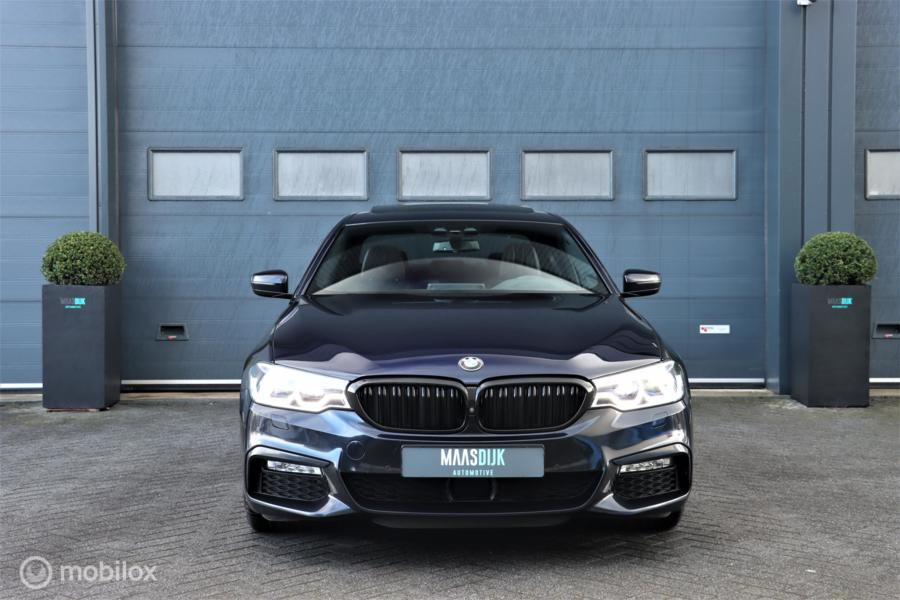 BMW 5-serie 540i xDrive High Executive Dealer M sport FULL
