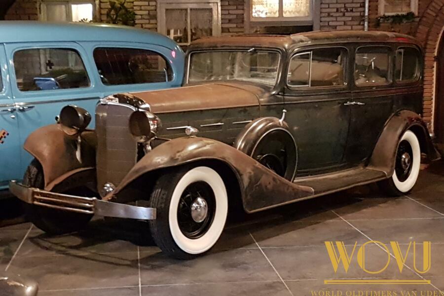 Cadillac  LIMOUSINE 7 passenger 1933  V12  370C