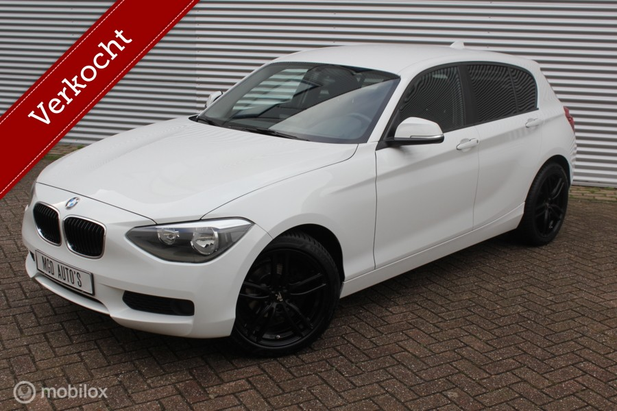 BMW 1-serie 116i Business /AIRCO/BLUETOOTH/18'' LMV/PDC/NIEUWSTAAT!