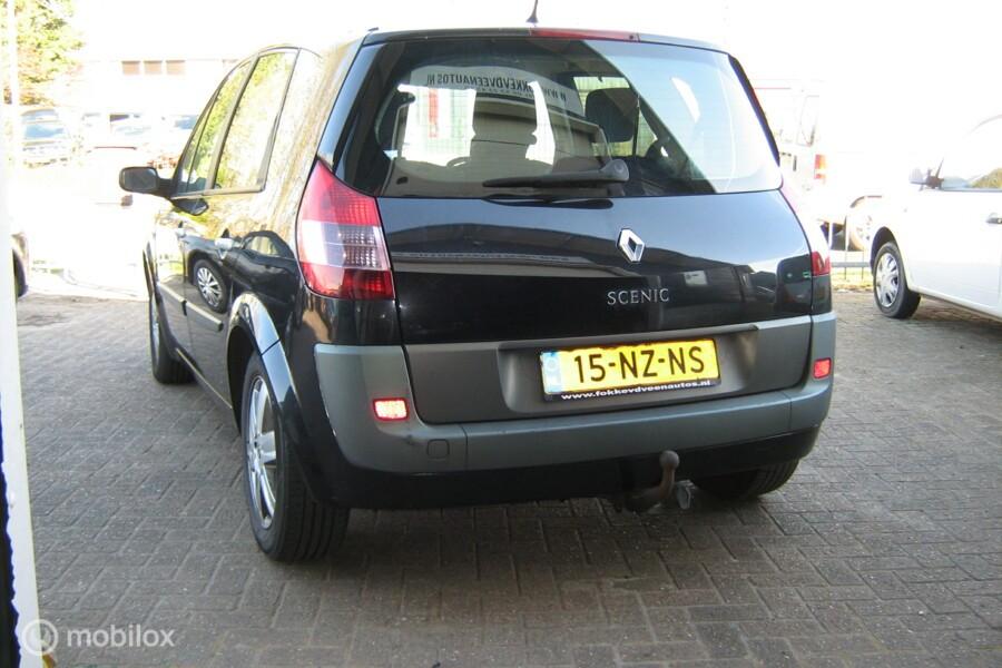 Renault Scenic 2.0-16V  Ook nog 3X Scenic op eigen wesite