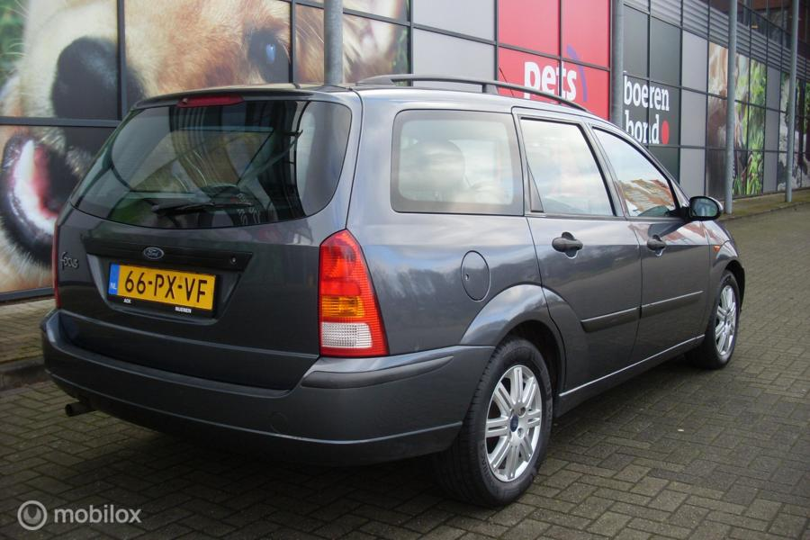 Ford Focus Wagon 1.6-16V First Edition