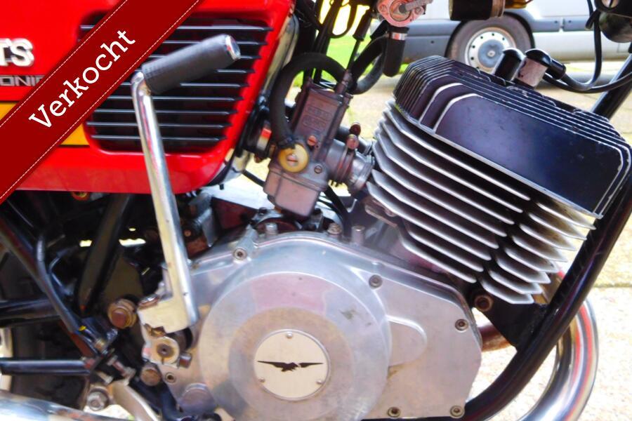 Moto Guzzi 250TS voor gebruik en/of verzameling