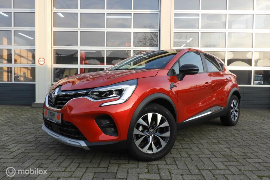 Renault Captur  0.9 TCE Experience