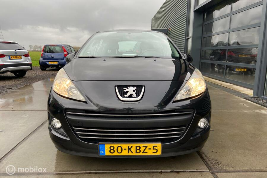 Peugeot 207 1.6 HDiF Première voll.historie/ nw dist.riem