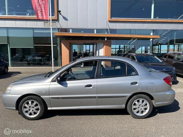 Kia Rio 1.3 RS Visto Sedan