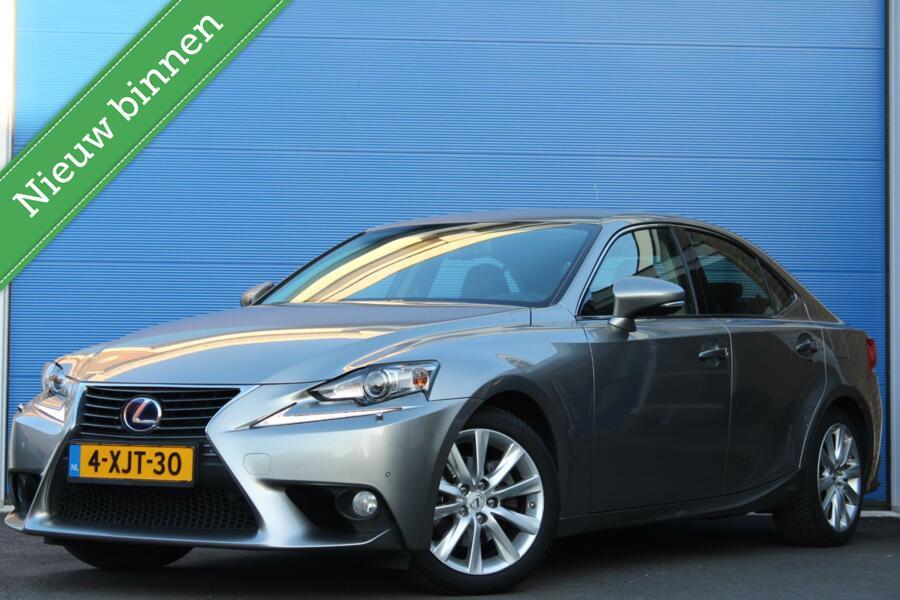 Lexus IS 300h Edition | Xenon | Navi | Half leer | dealer |