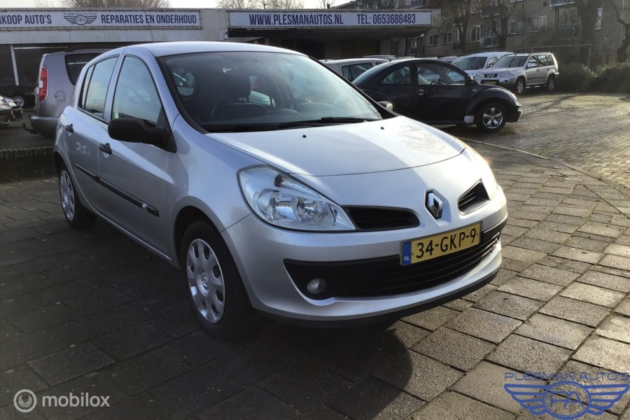 Renault Clio 1.2-16V Business Line