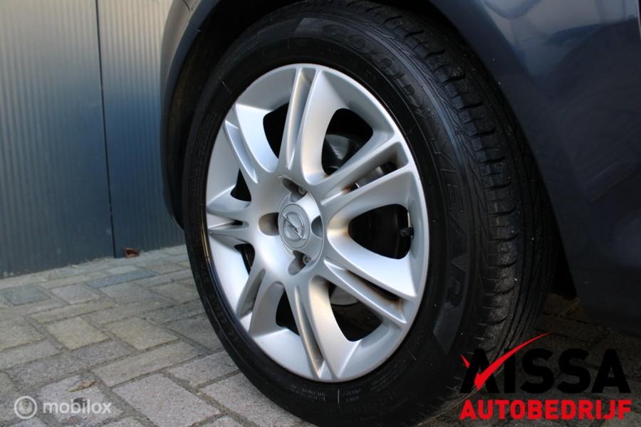 Opel Corsa 1.4-16V Cosmo 5Drs Airco/Aux APK 20-04-2021