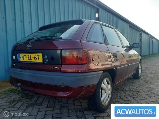 Opel astra gl  stuurbekrachtiging