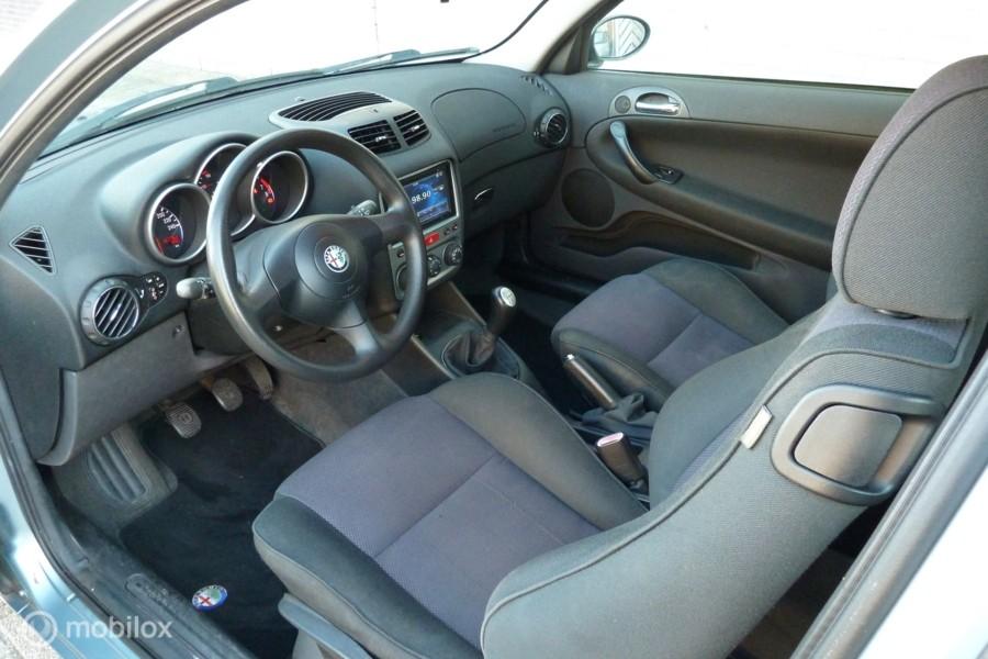 Alfa Romeo 147 1.6 T.Spark Edizione Sportiva