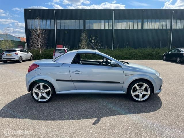 Opel Tigra TwinTop 1.8-16V Sport
