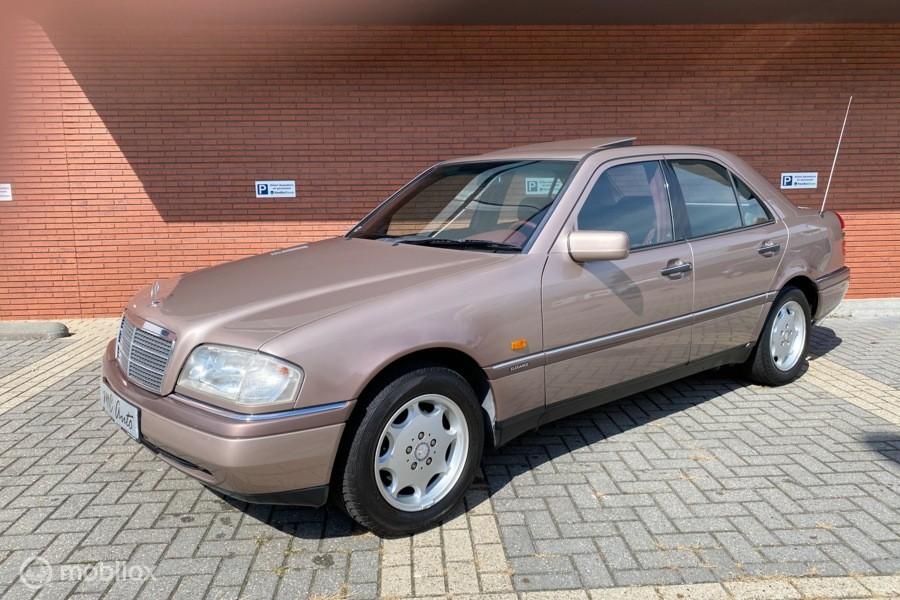 Mercedes C-klasse 180 Elegance / 1e Eigenaar / 61.000 km !!!