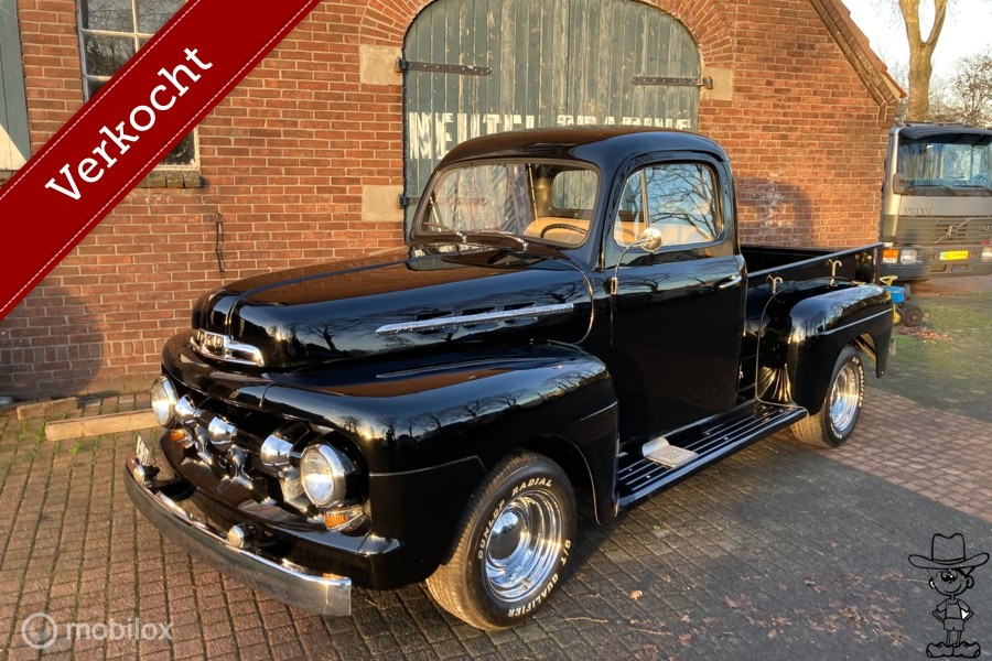 Ford USA f1 pick-up body-off 1951 body off  chevrolet 3100