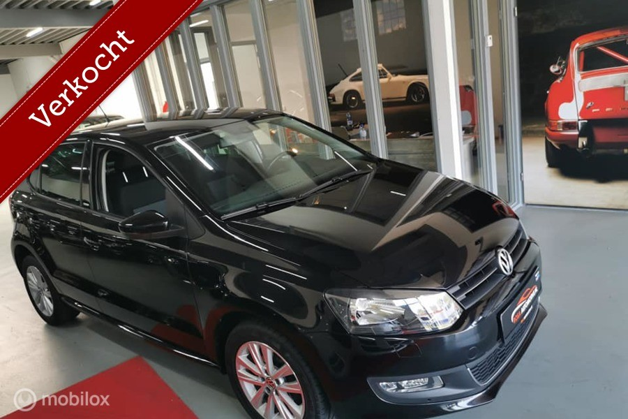 Volkswagen Polo 1.4-16V DSG AUTOMAAT CRUISE pdc NAVI GOOGLE MAPS PLAYSTORE WIFI YOUTUBE