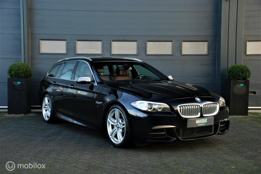 BMW 5-serie Touring M550xd Dealer