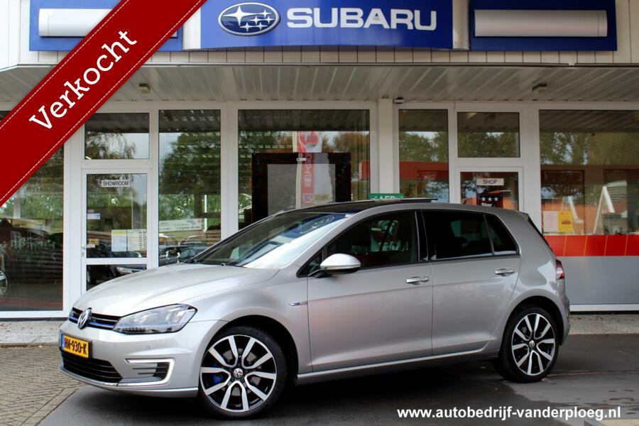 Volkswagen Golf 1.4 TSI GTE * Trekhaak * Schuifdak * Navigatie * Lichtmetalen velgen