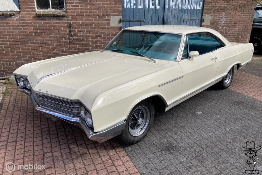 Buick leSabre hardtop coupe(riviera wildcat electra, impala,