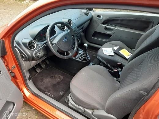 Ford Fiesta 1.6-16V First Edition nieuwe apk