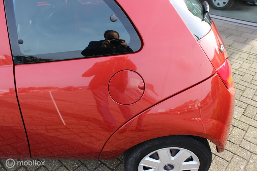 Ford Ka 1.3  nap nw apk geen roest airco