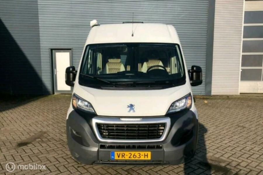 Peugeot Boxer Camper  333 2.2 HDI L2H2. Nieuw interieur