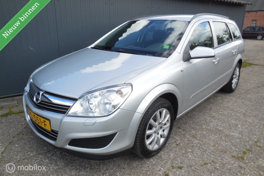 Opel Astra Wagon 1.8 Business Mooie auto! 140pk Airco!