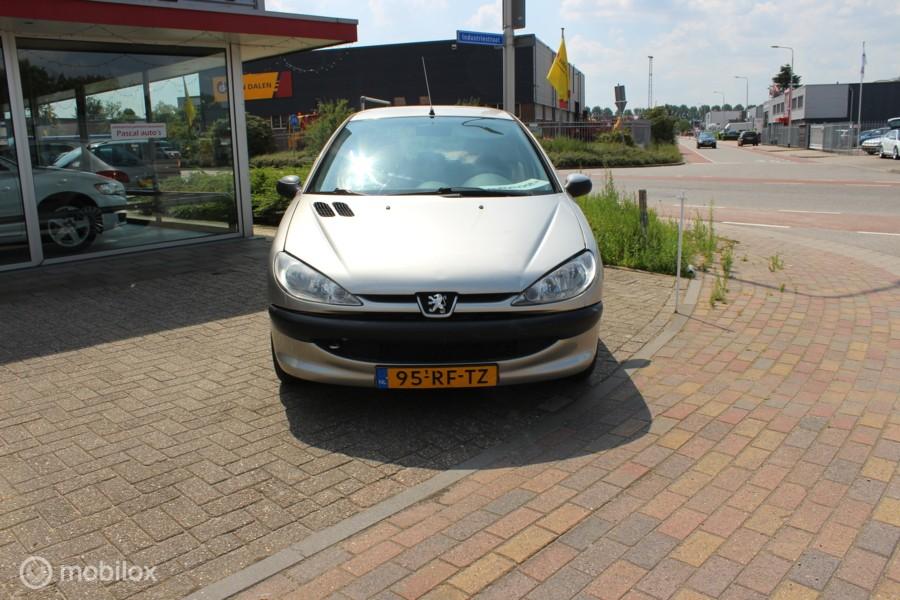 Peugeot 206 1.4 Air-line aut airco