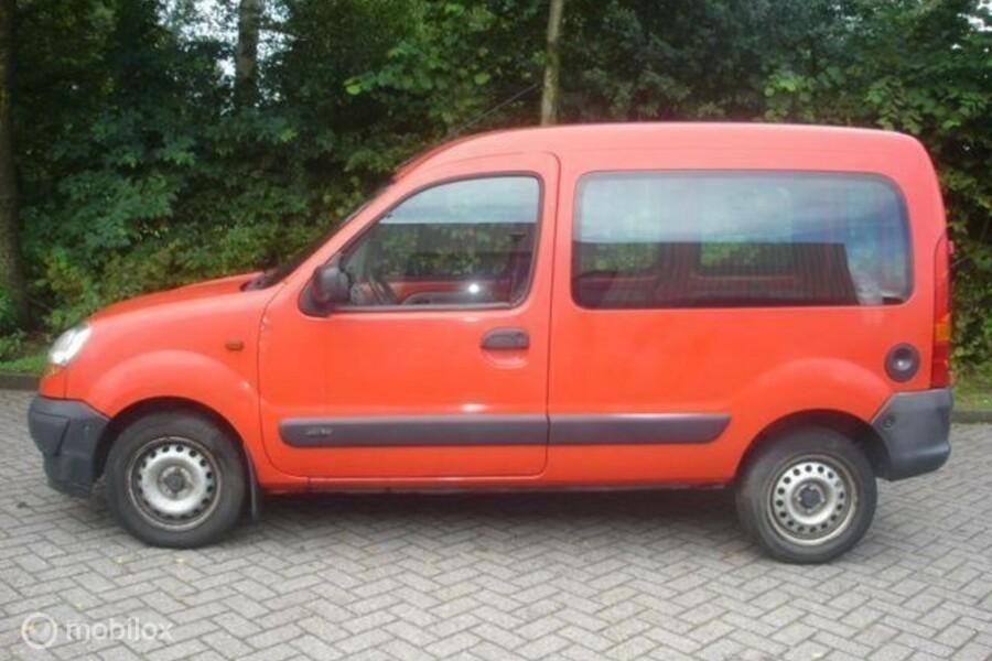 Renault Kangoo - 1.5 DCI 48 KW VAN Motor defect